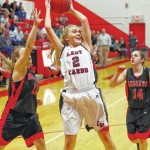 Lady Cards tame Mustangs 40-39
