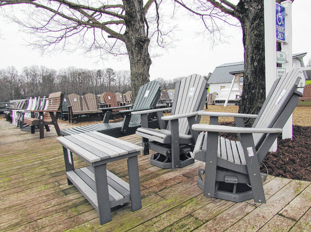 Outdoor Furniture From Recycled Jugs Creates Ease The