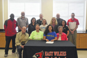 Pardue signs with Mars Hill